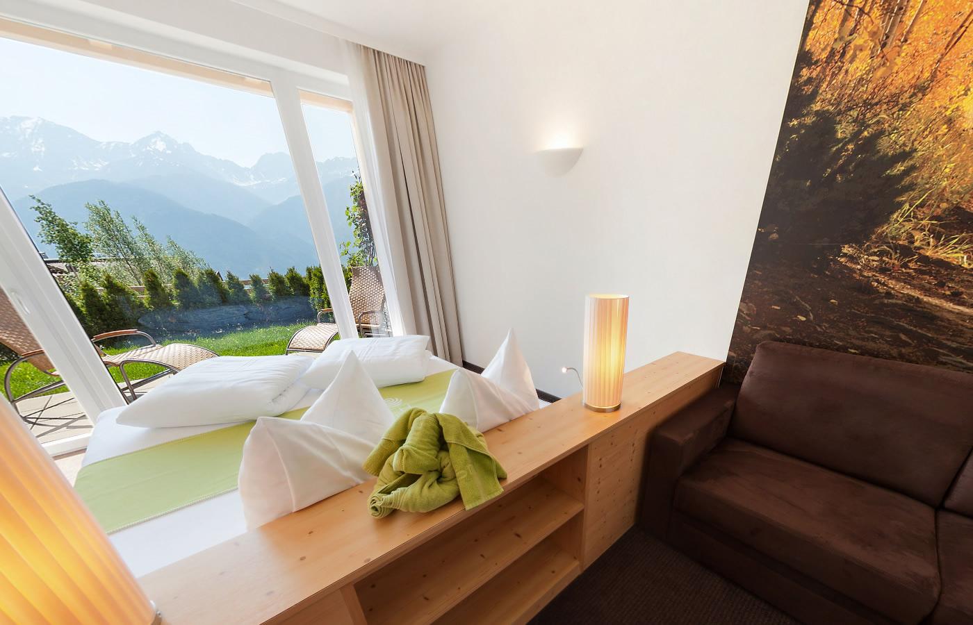 Komfortzimmer II im Natürlich. Hotel in Serfaus-Fiss-Ladis, Österreich.