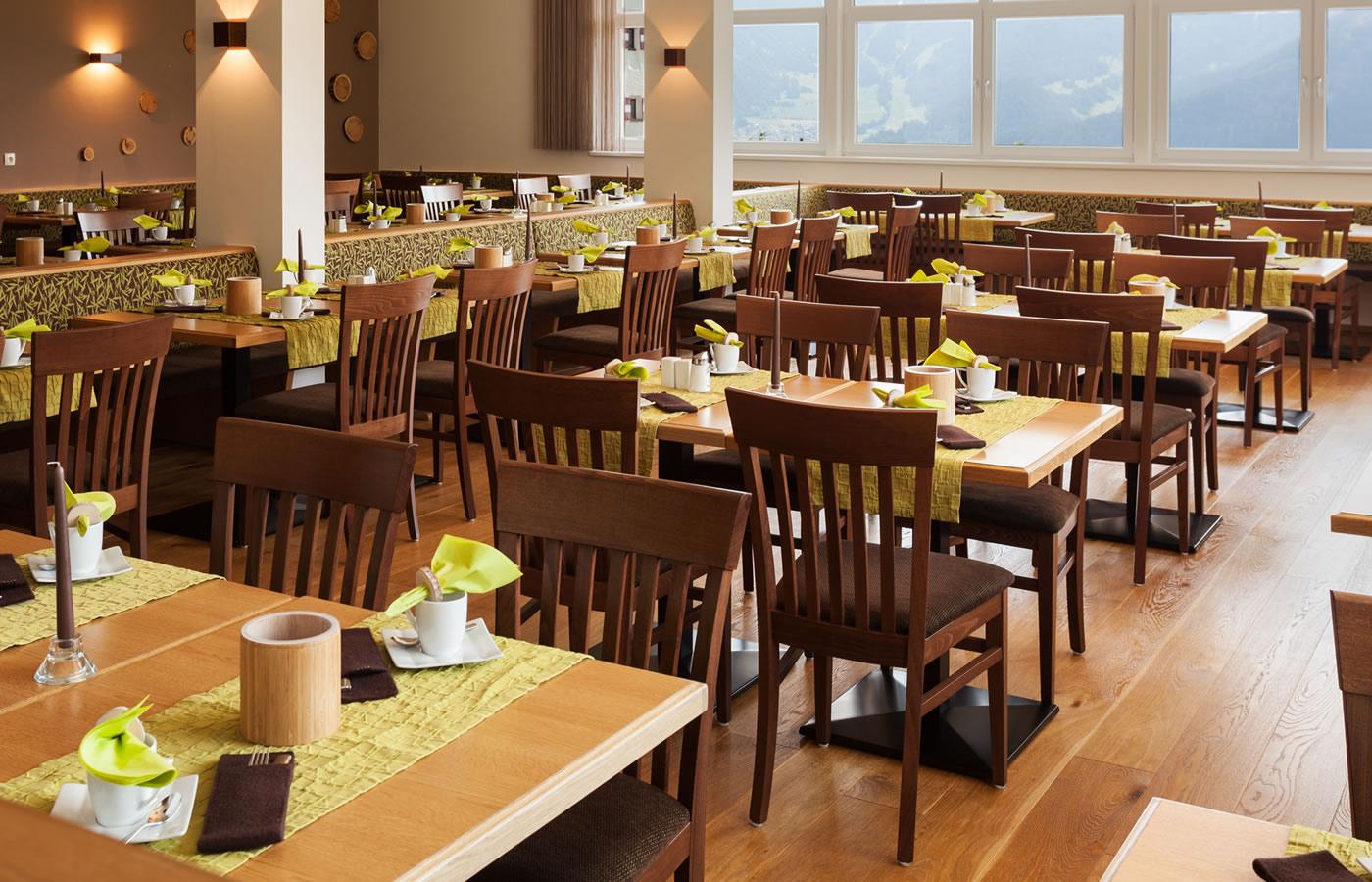 Frühstücksraum im Natürlich. Hotel mit Charakter in SFL - Österreich.