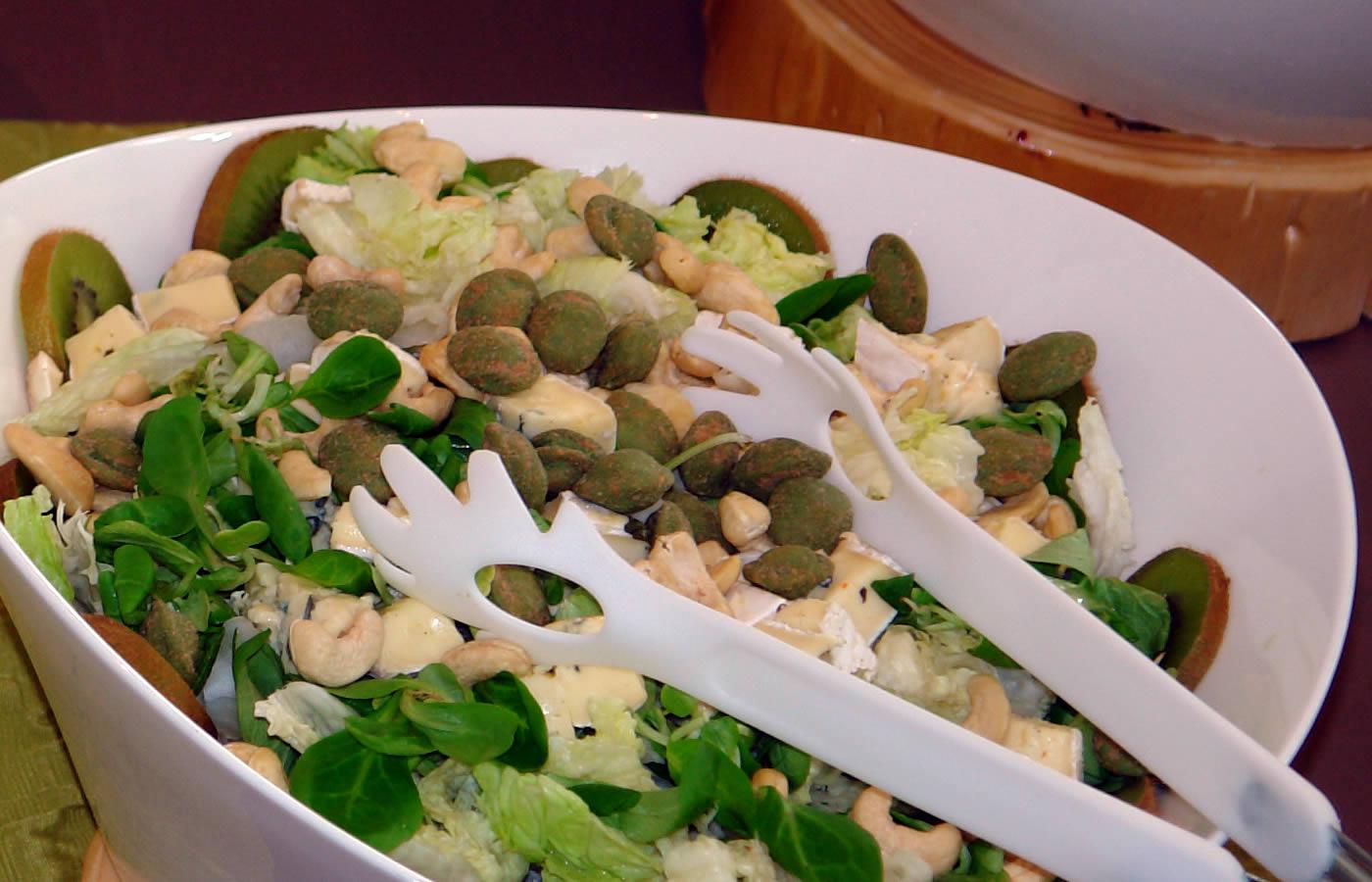 Gesunde Salatvariationen im Hotel Natürlich, Tirol.