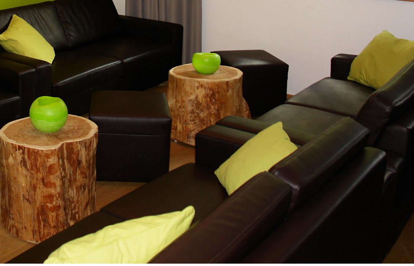 Hotel-Lounge für gesellige Stunden in Fiss, Tirol.