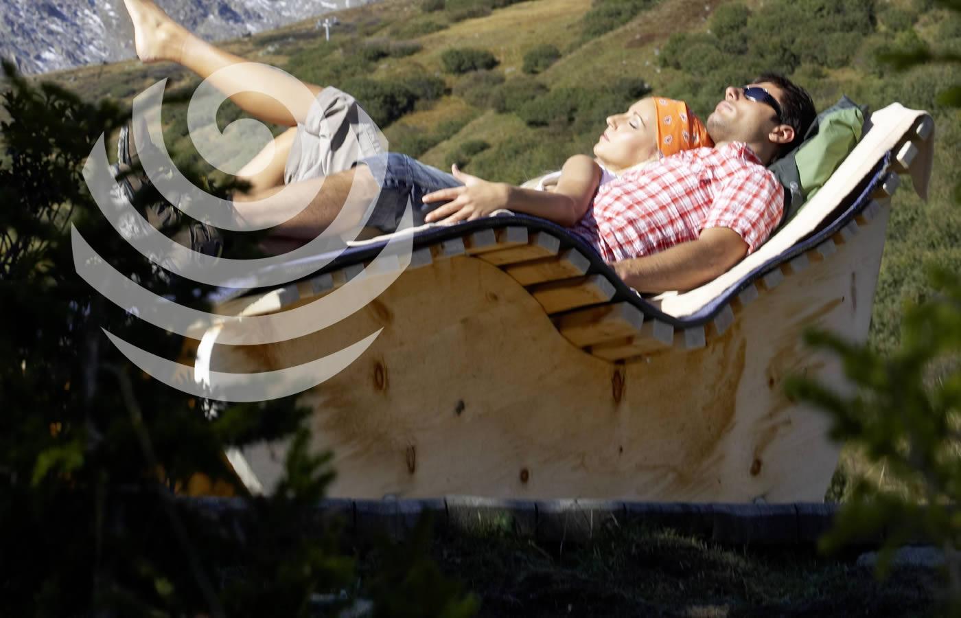 Wohlfühlstation in frischer Bergluft genießen. Sommer-Urlaub in Fiss. Hotel Natürlich.
