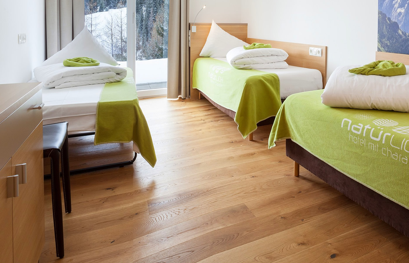 """Dreibettzimmer """"Atempause"""" - Kleingruppe-Urlaub in Serfaus-Fiss-Ladis in Tirol."""
