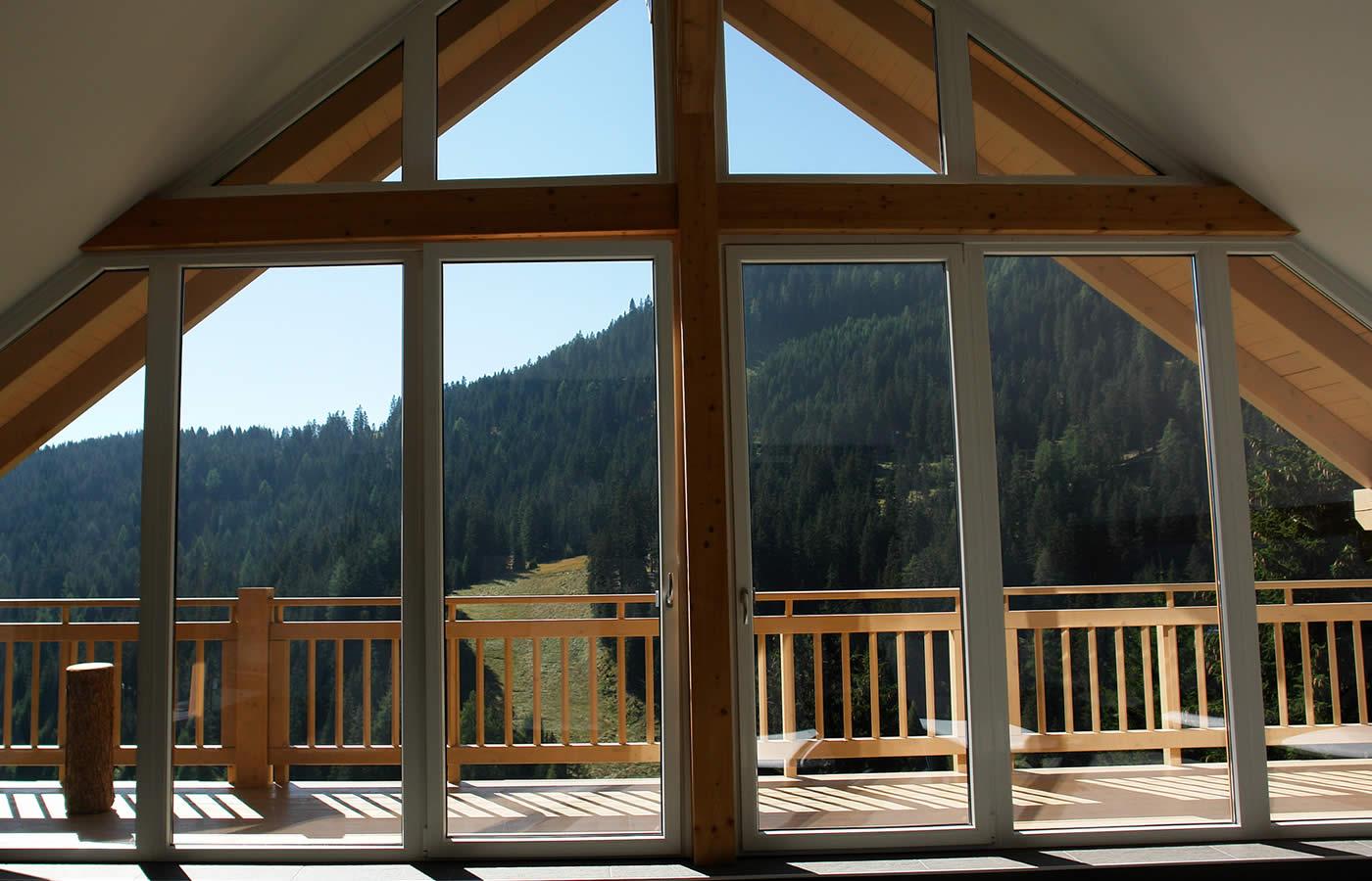Ruheraum des Wellnessbereiches im Natürlich. Hotel in Serfaus-Fiss-Ladis in Tirol.